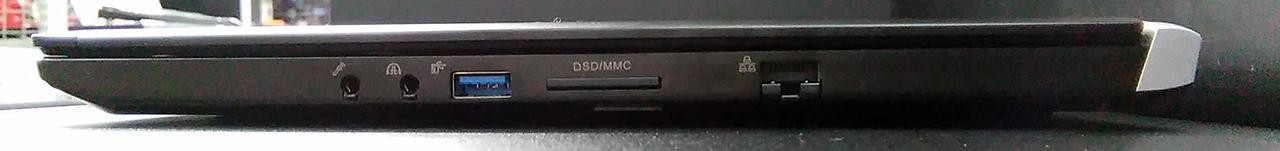 N1586J-700/T N1586J-710/T 端子 ポート USB Type-C miniDP