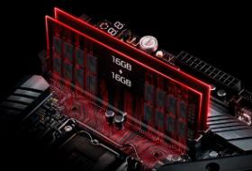 2本のメモリスロットに最大64GB搭載可能